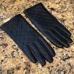 TORY BURCH Quilted Black Leather Gloves